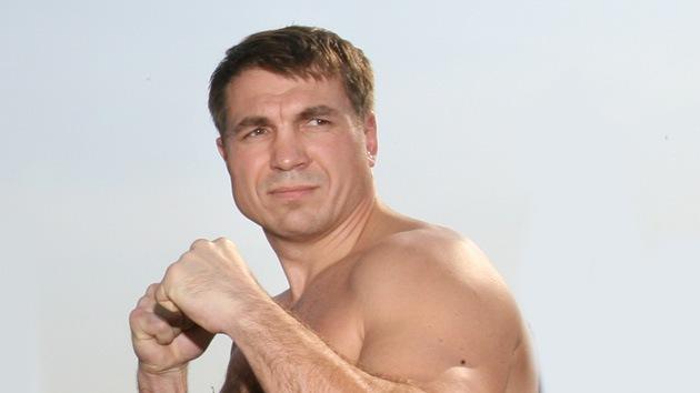 Boxeador ruso inicia su carrera política en EE.UU.
