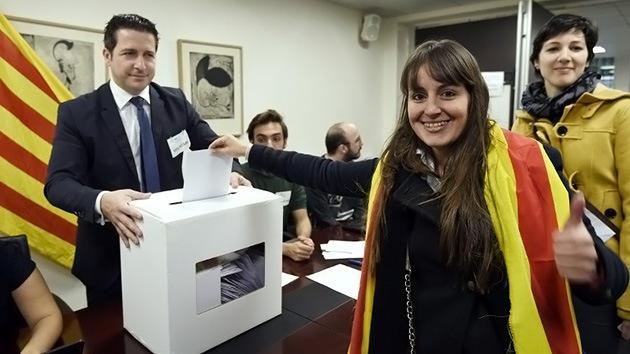 Cataluña: Los resultados de la consulta independentista dan más del 80% al 'sí-sí'