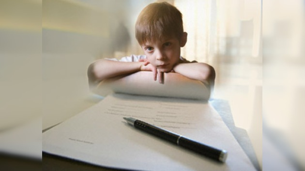 Lavrov ofrece suspender la adopción de niños rusos para EE. UU.