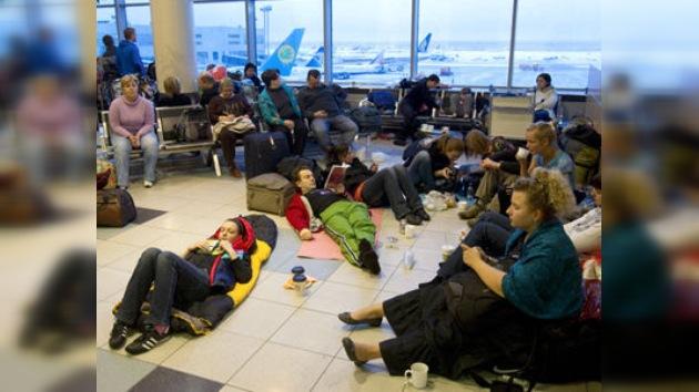 El 'infierno' aeroportuario de  Moscú continúa