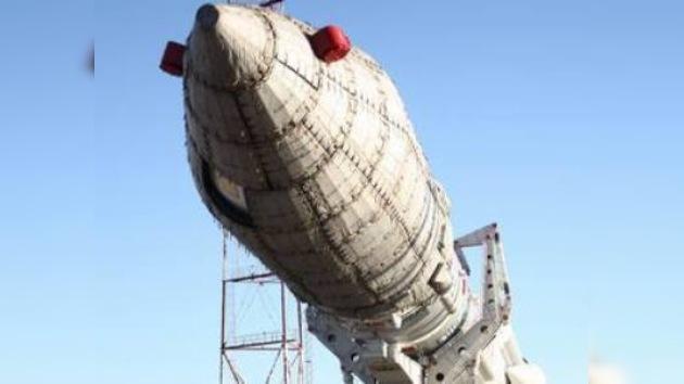 El cohete portador Protón M coloca en órbita un satélite estadounidense