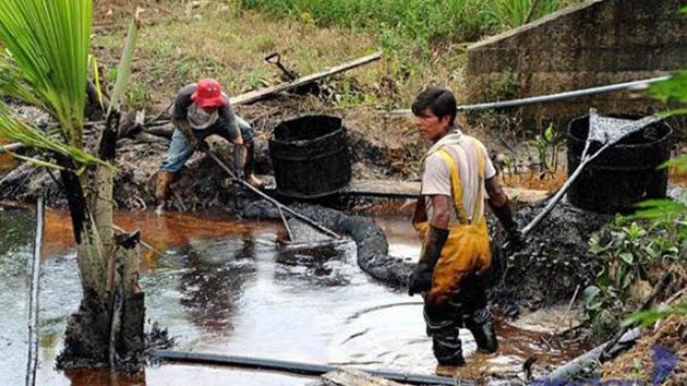 """""""Lo que debe pagar Chevron a Ecuador es una ínfima parte de los recursos que se llevó"""""""