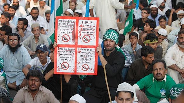 """Víctima de los drones de EE.UU. en Pakistán: """"Obama, ¿por qué arruinaste mi paraíso?"""""""
