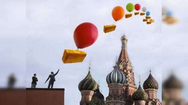 Ladrillos volarán por el cielo de Moscú este 1 de abril