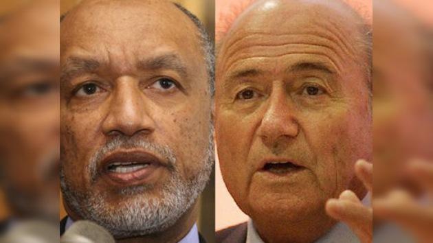 La FIFA absuelve a Josef Blatter y suspende a Mohamed Bin Hammam