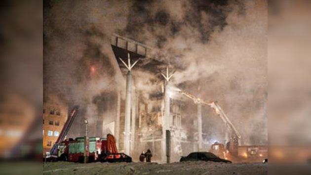 Alteración de normas de seguridad incendió el centro comercial en Ufá