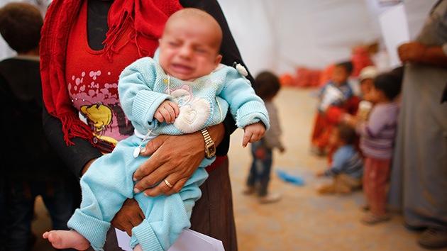 """Una madre joven busca """"una vida mejor"""" para su hijo con el Estado Islámico"""