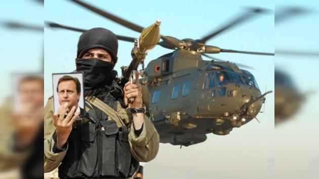 Se desvía el helicóptero de Cameron por temor a un ataque talibán