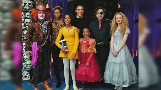 Un festín durante el derrumbe: los Obama celebran Halloween a lo grande