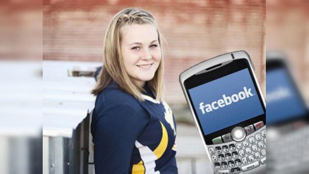 No desconectar de las redes sociales al volante puede salir muy caro