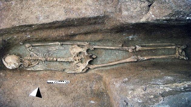 Hallan en Toledo decenas de tumbas de un cementerio judío de hace ocho siglos