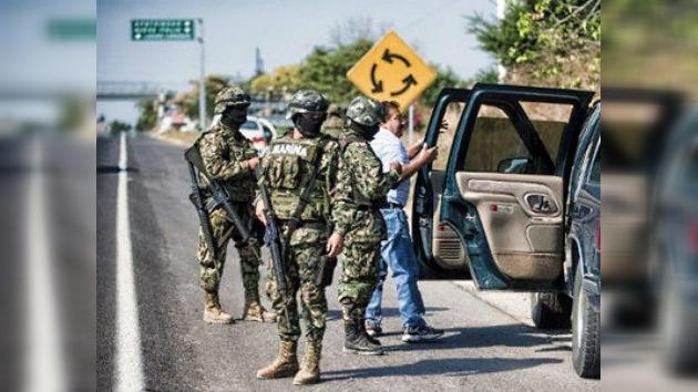 México blindado: 4.000 mil soldados refuerzan combate al narco en Michoacan
