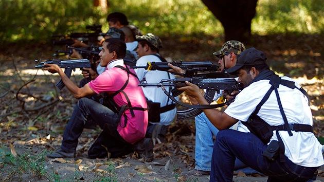 El polvorín de México: Tensión máxima en Michoacán por el desarme de autodefensas
