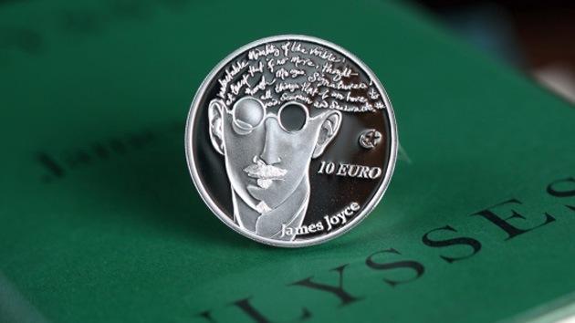 Venden la moneda conmemorativa de Joyce con una cita errónea de su obra 'Ulises'