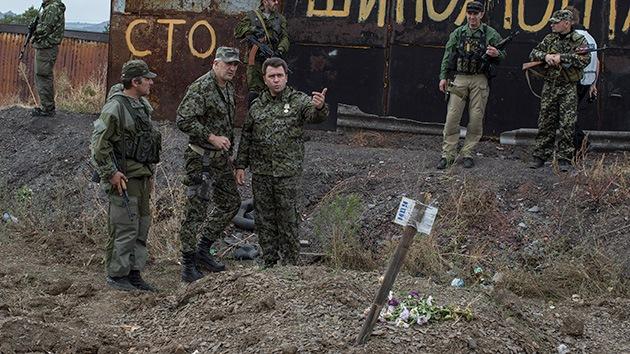 La OSCE consigna tres fosas con cadáveres cerca de Donetsk