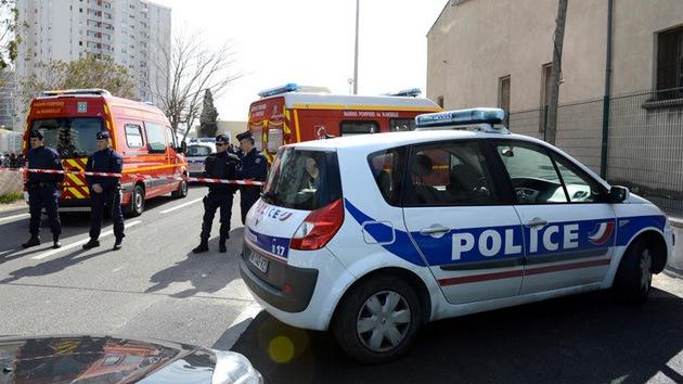 Asaltante muere en un ataque mortal a una clínica médica francesa