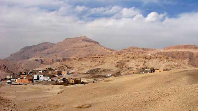 Hallan una pirámide de más de 3.000 años de antigüedad en Egipto
