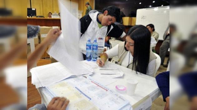 La mayoría de votos en el referendo de Ecuador da el sí a las reformas de Rafael Correa