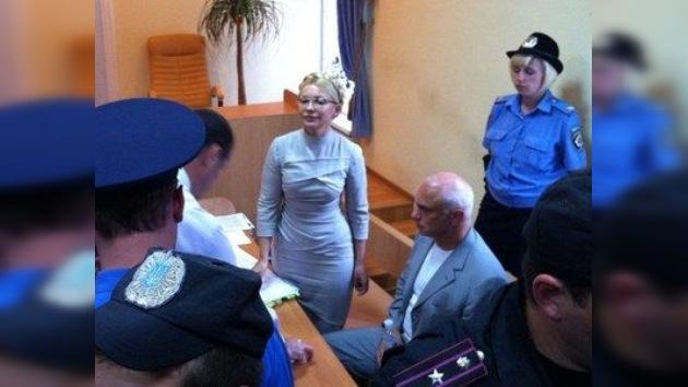 El ex presidente ucraniano Yúshchenko testifica contra Timoshenko