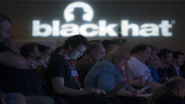 EE.UU.: Administrador informático de la Marina 'hackea' a 220.000 marineros