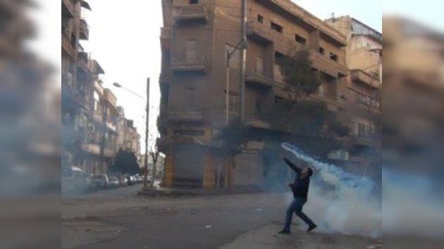 Siria acusa a Washington de entrometerse en el trabajo de los observadores