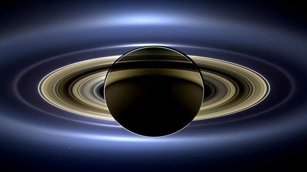 La NASA revela una espectacular imagen de Saturno tomada desde su órbita