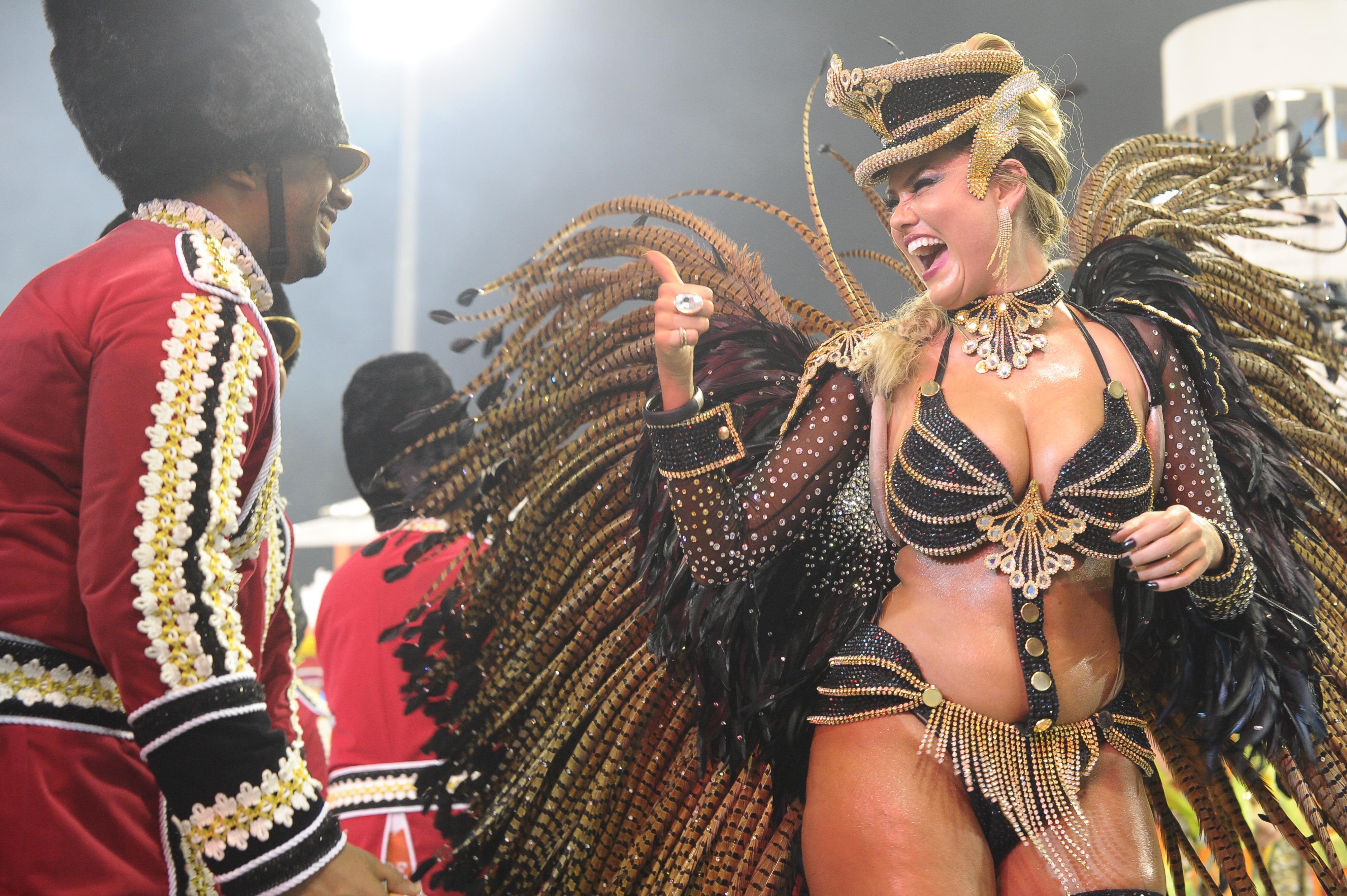 замечу, что фото карнавала трансов каталог видео фото