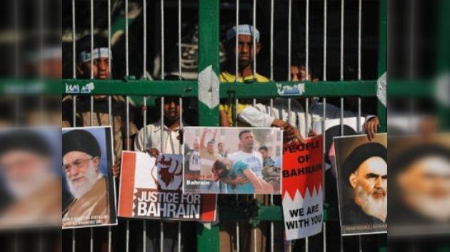 Bahréin condena a largas penas de prisión a 36 opositores
