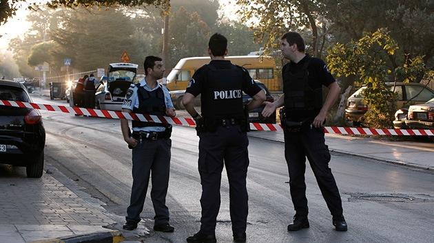 Fotos: Explosión frente al Banco de Grecia en Atenas