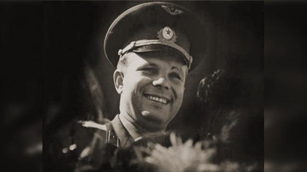 '12 de abril de 1961: ¡Camarada, recuerda este día!'