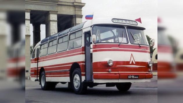 Autobús histórico llevará a los visitantes al museo de Yuri Gagarin