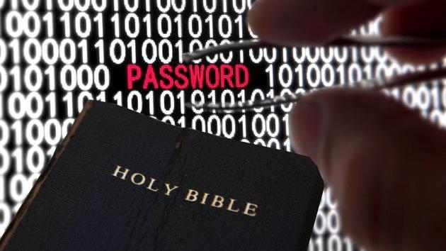 La Biblia, llave para descifrar contraseñas
