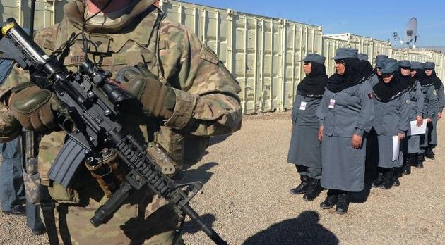 Una policía afgana mata a tiros a un asesor militar de EE.UU.
