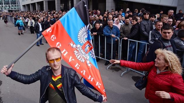 La República Popular de Donetsk impone sanciones contra Obama y Merkel