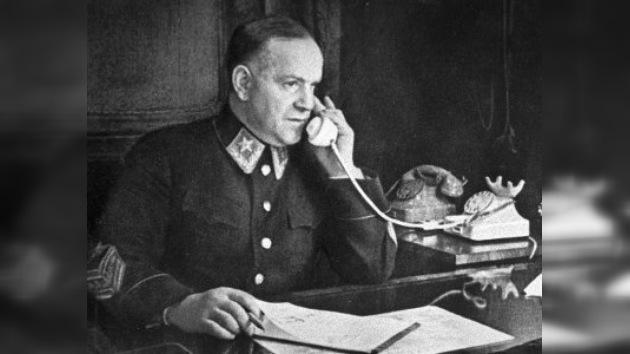 Sale a la luz una entrevista 'prohibida' con el mariscal Zhúkov