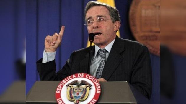 Álvaro Uribe es favorito para ganar las próximas elecciones en Colombia