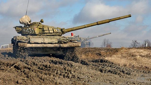 Rusia introduce un nuevo deporte: el biatlón en tanque