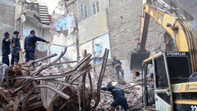 Se derrumba un edificio de once pisos en Egipto