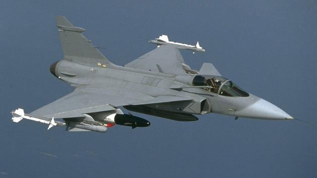 Voces escépticas acompañan el programa del primer avión de combate turco