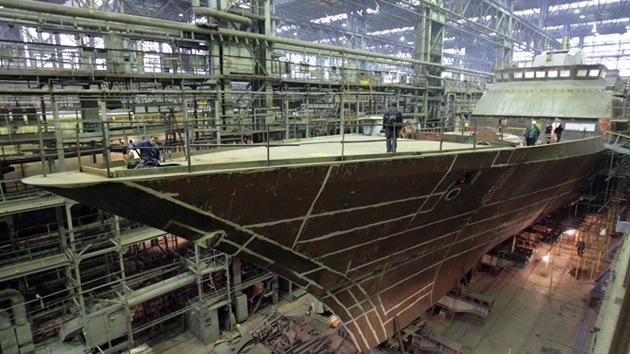 La avanzada corbeta rusa Stoiki zarpa para realizar pruebas en el mar