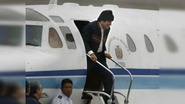 Rusia promete a Bolivia modelo de avión presidencial en exposición chilena
