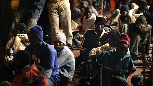 Centros de internamiento de inmigrantes en España, pasaje a la desesperación