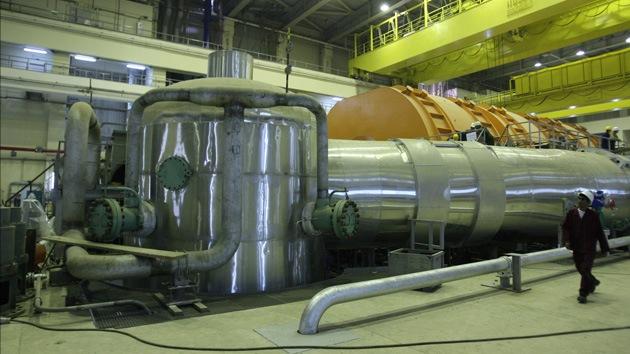 """Ministro francés: """"Irán alcanzará la capacidad nuclear en 2013"""""""