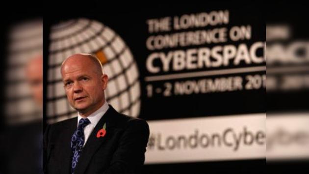 El Congreso sobre Espacio Cibernético rechaza la censura en la red