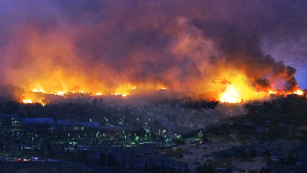 FOTOS: 'Tormenta fogosa épica' obliga evacuar a más de 36.000 estadounidenses