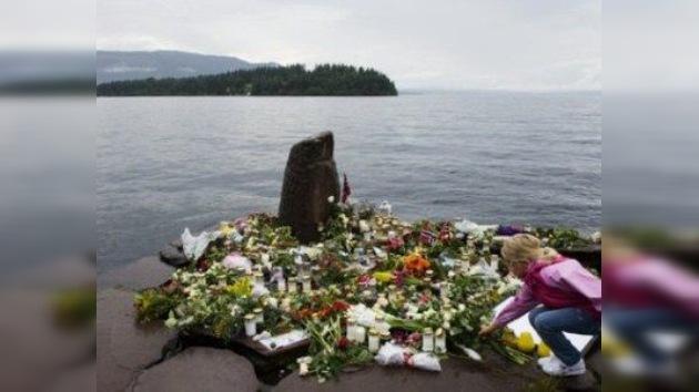 Policía noruega 'confiesa' por qué tardó en llegar a Utoya