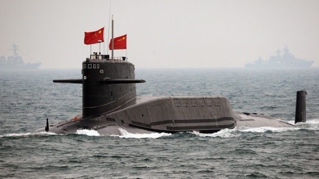 China prueba con éxito su primer submarino no tripulado, batiendo récords de profundidad
