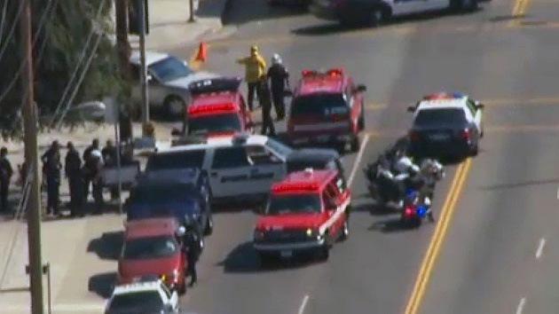 Un hombre de 100 años estrella su Cadillac y deja a 11 personas heridas