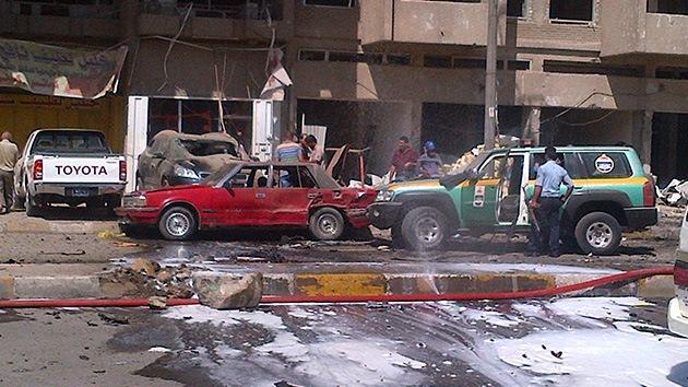 Cadena letal de atentados con coches bombas en Irak