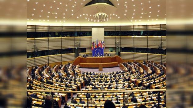 La derecha europea no se fía de la propuesta española sobre Cuba
